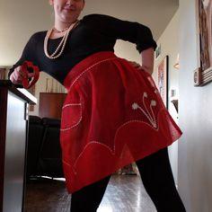 VALENTINE VINTAGE APRON // /// Vintage Sheer half Apron /// Retro Hostess Apron // 1940s Kitchen // Vintage Red Apron