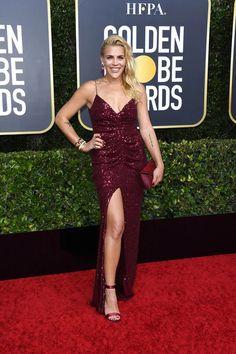 See the best of the red carpet gowns and dresses from the 2020 Golden Globes, hosted by Ricky Gervais Jennifer Aniston, Jennifer Lopez, Ricky Gervais, Zoe Kravitz, Dakota Fanning, Rachel Green, Sienna Miller, Margot Robbie, Golden Globe Award
