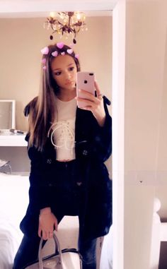 Daisy Tomlinson, Tomlinson Family, Felicite Tomlinson, Photos Tumblr, Twins, Selfie, Sisters, Outfits, Girls