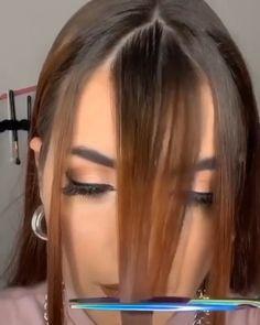 Hair Cutting Videos, Hair Cutting Techniques, Hair Videos, Makeup Techniques, Curly Hair Tips, Curly Hair Styles, How To Cut Bangs, Hair Upstyles, Hair Streaks