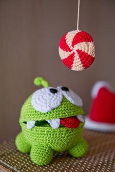 ERMAHGERD!!! Crochet Pattern of Om Nom from Cut the Rope Amigurumi by Aradiya www.etsy.com