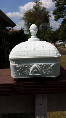 Vintage Tiara White Milk Glass BOX Dish Cover Honey BEE Hive Indiana Glass   eBay