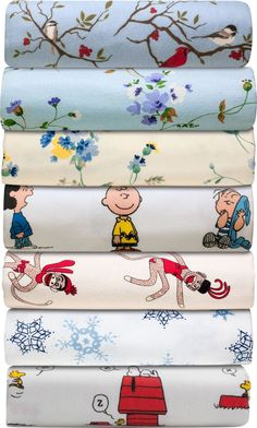 the peanuts and the snoopy and woodstock sheets would go great in the boy's room