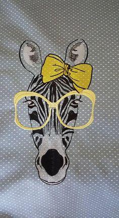 Zebra glasses free embroidery design