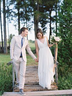 Bride-and-Groom-Crossing-a-Bridge