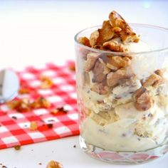 This is a great eggless ice cream recipe. The ice cream is flavored with maple syrup and walnuts and only contains four ingredients!