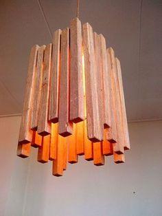 DIY lamp made of wooden strips- DIY Lampe aus Holzleisten DIY lamp made of wooden strips - Wooden Lamp, Wooden Decor, Diy Luz, Diy Luminaire, Into The Woods, Ideias Diy, Wood Design, Wood Pallets, Pallet Wood