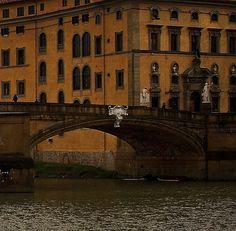Ponte Santa Trinita & Palazzo Frescobaldi, Florence