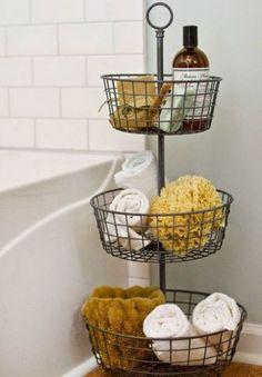 Près du bain, étendre la main pour saisir une éponge, un savon ou une serviette, quel bonheur!