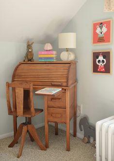 beautiful desk & chair
