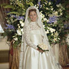 Marie Chantall de Grecia, vestida por Valentino el día de su boda. Princess Pavos of Greece in her gown by Valentino, July 1, 1995