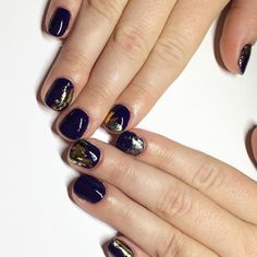 I'm in love with our new foil on this artistic purple  book an appointment with me for some dark sexual nails like these bad boys  #dallasbeautylounge #gelmani #nails #nailart #fallnails #nailedit by dallasbeauty_jessica