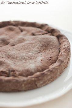 Tentazioni irresistibili: Torta croccante alla nutella con ripieno morbido alle pesche, amaretti e cioccolato