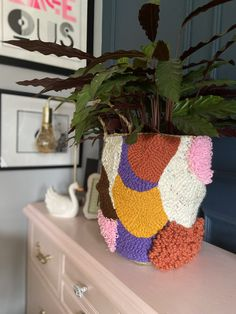 Cute Crafts, Diy And Crafts, Arts And Crafts, Cross Stitch Embroidery, Hand Embroidery, Punch Needle Patterns, Latch Hook Rugs, Rug Hooking, Weaving
