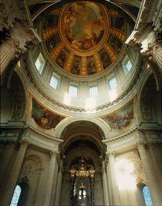 Das Kunstwerk Interior view of the dome - Jules Hardouin Mansart liefern wir als Kunstdruck auf Leinwand, Poster, Dibondbild oder auf edelstem Büttenpapier. Sie bestimmen die Größen selbst.