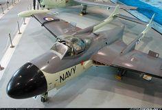 De Havilland Sea Venom FAW53 (DH-112) aircraft picture Australian Air, Royal Australian Navy, Navy Aircraft, Military Aircraft, De Havilland Vampire, Aircraft Pictures, Aircraft Carrier, Royal Navy, Fighter Jets