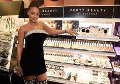 September 7: Rihanna at her FENTY BEAUTY midnight launch at Sephora in Times Square|Pinterest:badgalririiii
