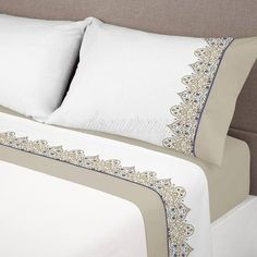 This Pin was discovered by سما Bedroom Bed, Bedroom Decor, Luxury Bed Sheets, Linens And Lace, Bed Sheet Sets, Bed Covers, Bed Design, Soft Furnishings, Home Textile
