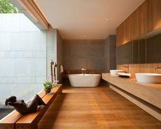 salle de bains design en bois pour plus de confort dans votre espace