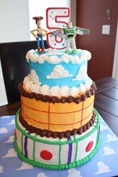 Easy homemade Toy Story cake.  www.mythreetinythings.blogspot.com
