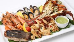 59% off on 6 seafood platters for 4 persons at Villa Da Vinci.Enjoy this platter which also comes along with the Chef's specialties like Shrimp Rolls, Prawns in Spanish-Tapa, Portugese-Style Mussels, Homemade Seafood Paella and more… The Seafood Platter includes: Fish fillets. Prawns. Crab. Calamar - See more at: http://www.2dobuy.com/deal/enjoy-6-seafood-platters-4-people-aed-240-villa-da-vinci-jumeirah#sthash.lMgGGPpL.dpuf