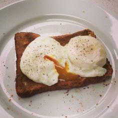 Dan Walker's Perfect Poached Eggs