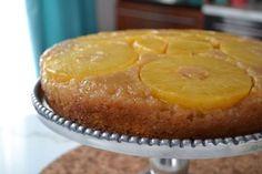 Gâteau renversé à l'érable et à l'ananas - Recettes de cuisine, trucs et conseils - Canal Vie