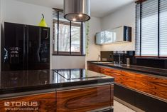 Podobny obraz Decor, Furniture, Kitchen Island, Room, Kitchen Room, Apartment, Table, Home Decor, Kitchen