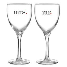 Mr & Mrs Wine Glasses - gifts for couples