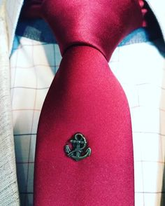 If you run out of tie pins, why not use a lapel pin instead? Suit Accessories, Tie Pin, Creative Thinking, Lapel Pins, Dapper, Anchor, Classy, Suits, Fashion Tips