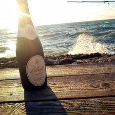 #sparkligsummer #enjoydarapri #weareinpuglia #spumanteclassico #rosè