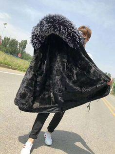 Parka Coat, Fur Coat, Fabulous Furs, Winter Hats, Fashion, Fur, Moda, Pea Coat, La Mode