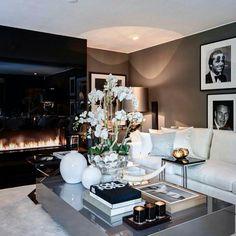 Une pièce à vivre luxueuse | design d'intérieur, décoration, pièce à vivre, luxe. Plus de nouveautés sur http://www.bocadolobo.com/en/inspiration-and-ideas/
