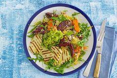 8 april - Geschrapte worteltjes in de bonus - Door de dooier weg te laten, wordt je omelet lekker luchtig én een stuk slanker. De forel zorgt voor een portie goede vetten - Recept - Allerhande