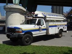 1997 Ford F-Series. Police Truck, Ford Police, Police Cars, Rescue Vehicles, Police Vehicles, Radios, 4x4, Cruiser Car, Ford Powerstroke