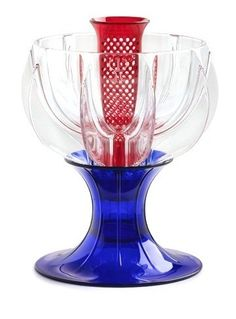 Celebrate the Jubilee with wine - for perfect instant aeration use the WineWeaver Royale - *Special Edition*