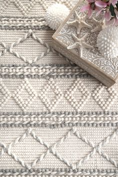 Sovereign Textured Diamonds With Tassels Ivory Rug - Rugs USA – Area Rugs in many styles including Contemporary, Braided, Outdoor and Flokati Shag rug - Rug Texture, Rugs Usa, Buy Rugs, Round Rugs, Contemporary Rugs, Small Rugs, Rugs In Living Room, Cool Rugs, Outdoor Rugs