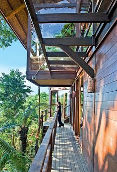 Méchant Studio Blog: the house over the sea