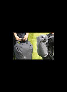 Base Shop, Base Jumping, Paradise, Classic, Bags, Shopping, Derby, Handbags, Classic Books