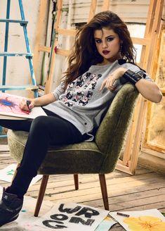 Selena Gomez    44      15