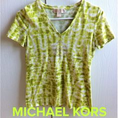 Michael Kors Signature Logo Lime Green Tie-Dye Tee Michael Kors signature logo lime green tie-dye shirt top. Small size. Little wear on it but nothing noticeable when you are wearing it. Preloved in good condition. No stains or holes. The perfect summer tee! ☀️ Michael Kors Tops