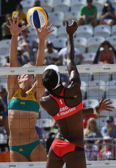Горячий женский пляжный волейбол на Олимпиаде в Рио-де-Жанейро (27 фото)