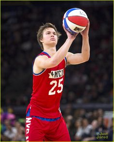 Ansel Elgort shows off his moves on the basketball court during the NBA All-Star Celebrity Game held at Madison Square Garden