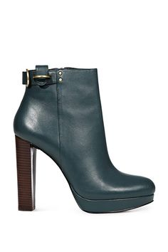 a0f4ae38e40 Fashion wish list  Boots