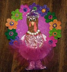 Princess Turkey in disguise Princess Turkey in disguise Turkey Project, Turkey Craft, School Projects, Projects For Kids, Craft Projects, Craft Activities For Kids, Crafts For Kids, Turkey Drawing, Turkey Disguise