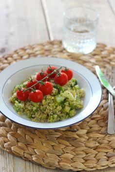 Quinoa salade met broccoli, courgette en cherrytomaatjes - Lekker en Simpel
