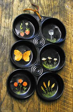 painted muffin tins - Google Search Glass Plate Flowers, Flower Plates, K Crafts, Cupcake Pans, Muffin Tins, General Crafts, Painting Patterns, Spring Crafts, Metallic Paint