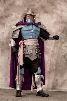 Shredder | SDCC 2013. View more EPIC cosplay at http://pinterest.com/SuburbanFandom/cosplay/...