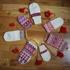 other pinner said:Mittens show a range of Sámi motifs and techniques How To Start Knitting, How To Purl Knit, Knitting For Beginners, Fingerless Mittens, Knit Mittens, Knitted Gloves, Knitting Designs, Knitting Projects, Knitting Patterns