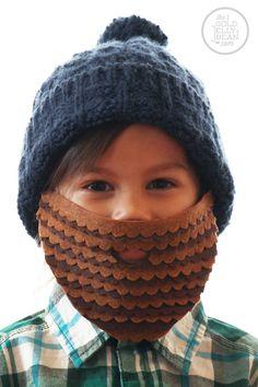 DIY Lumberjack Halloween Costume from thegoldjellybean.com